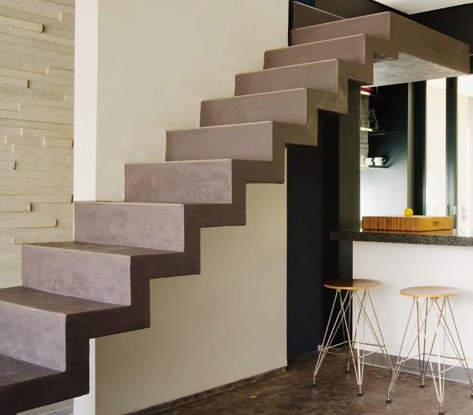 Peindre les escaliers en béton